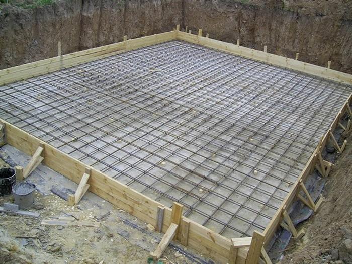 фундамент ленточный с плитой