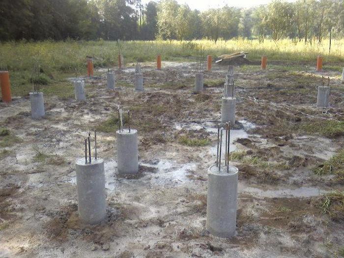 фундамент свайный бетонный