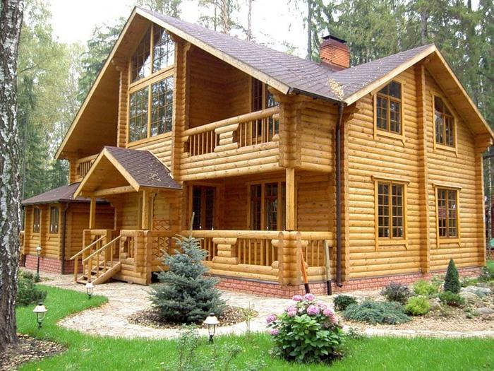 дома кирпичные деревянные