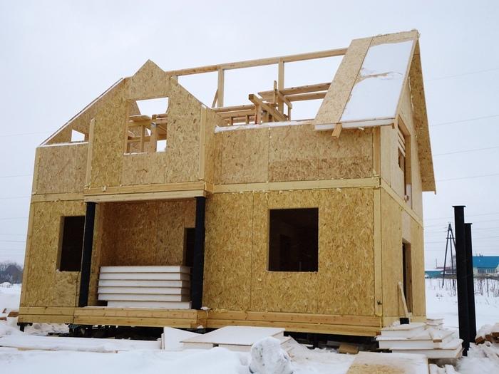 из чего недорого построить дом