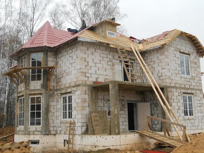 дом из пенобетона монолитный