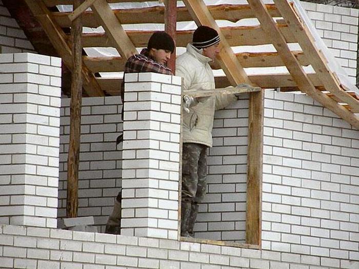 построить недорогой дом