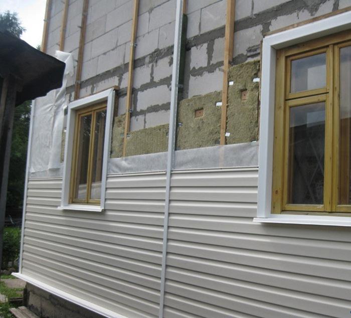 утеплить дом из газобетона пеноплексом