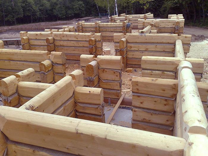 построить дом из лафета