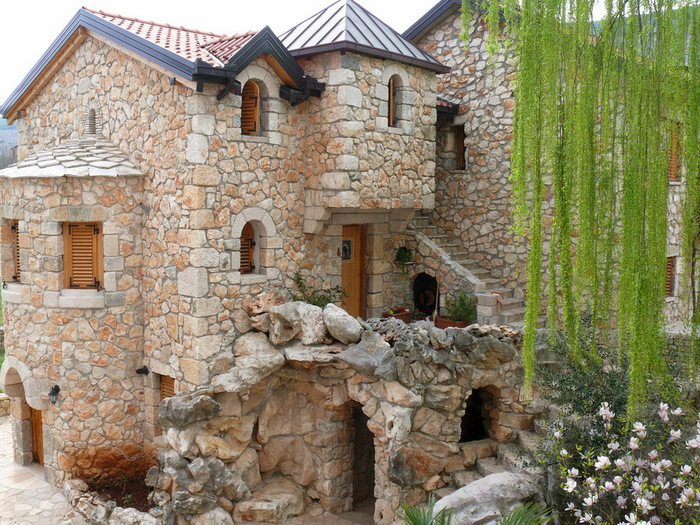 дома из камня