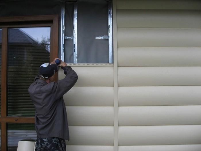 как обшить деревянный дом металлосайдингом своими руками