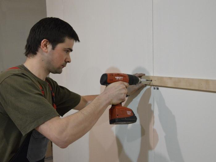 как обшить деревянный дом гипсокартоном изнутри