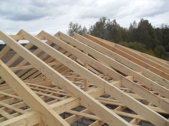 как своими руками построить каркасный дом