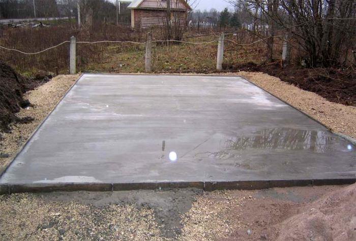 ленточный фундамент или монолитная плита