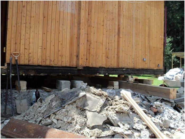 как старый дом поднять на фундамент