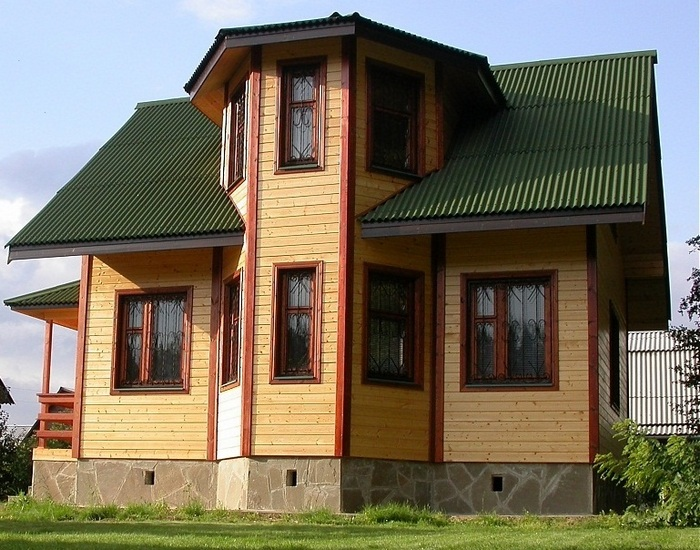брусовые дома с эркером