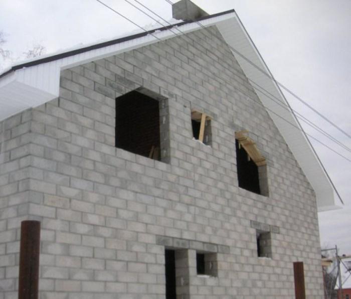 из чего строить дом