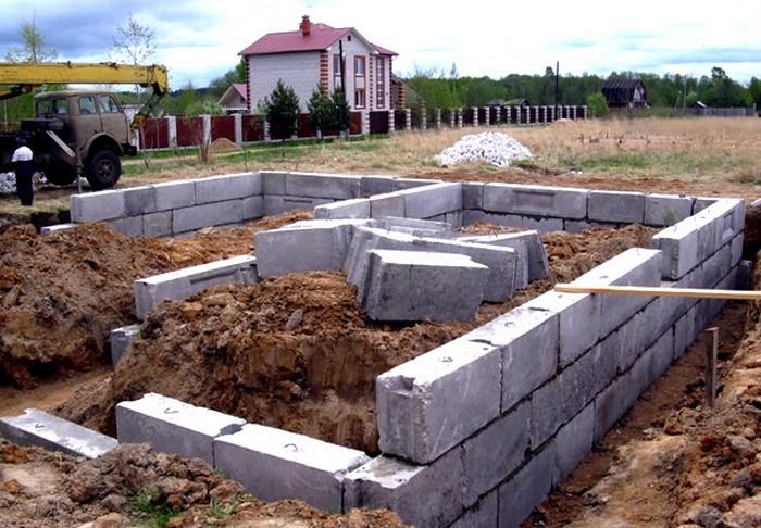 фундамент из блоков в один ряд