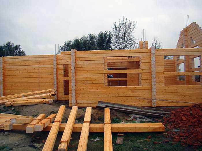 Размеры и цены бруса для строительства дома