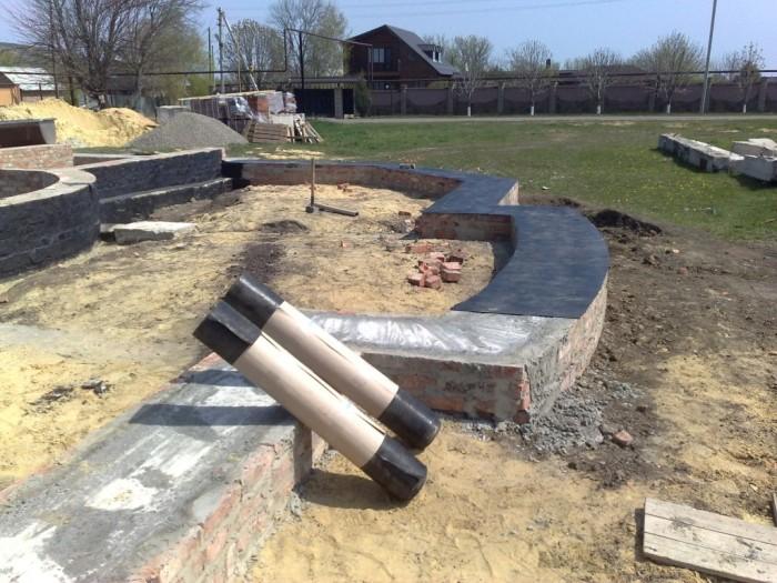 этапы строительства дома из оцилиндрованного бревна