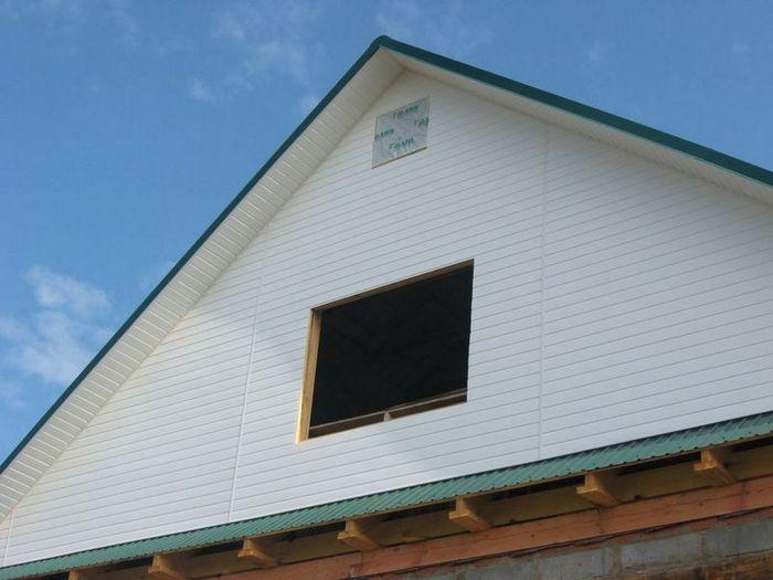 чем обшить фронтон деревянного дома