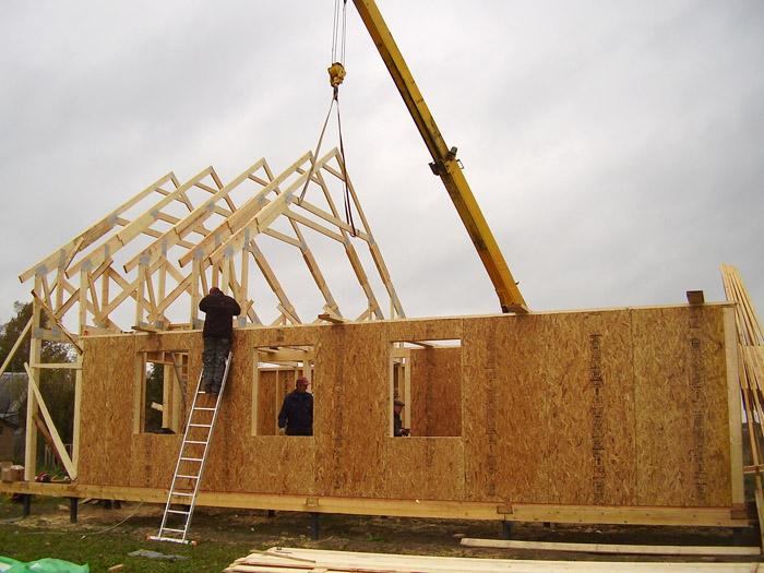 как построить щитовой дом