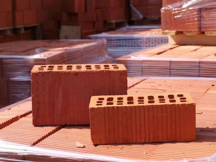 глина для керамического кирпича