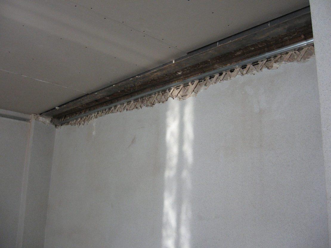косметический ремонт деревянного потолка
