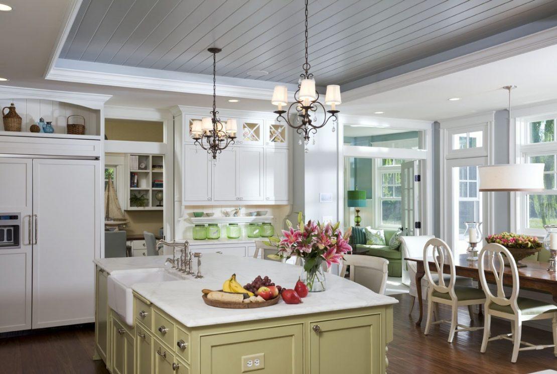 панели на потолок на кухню
