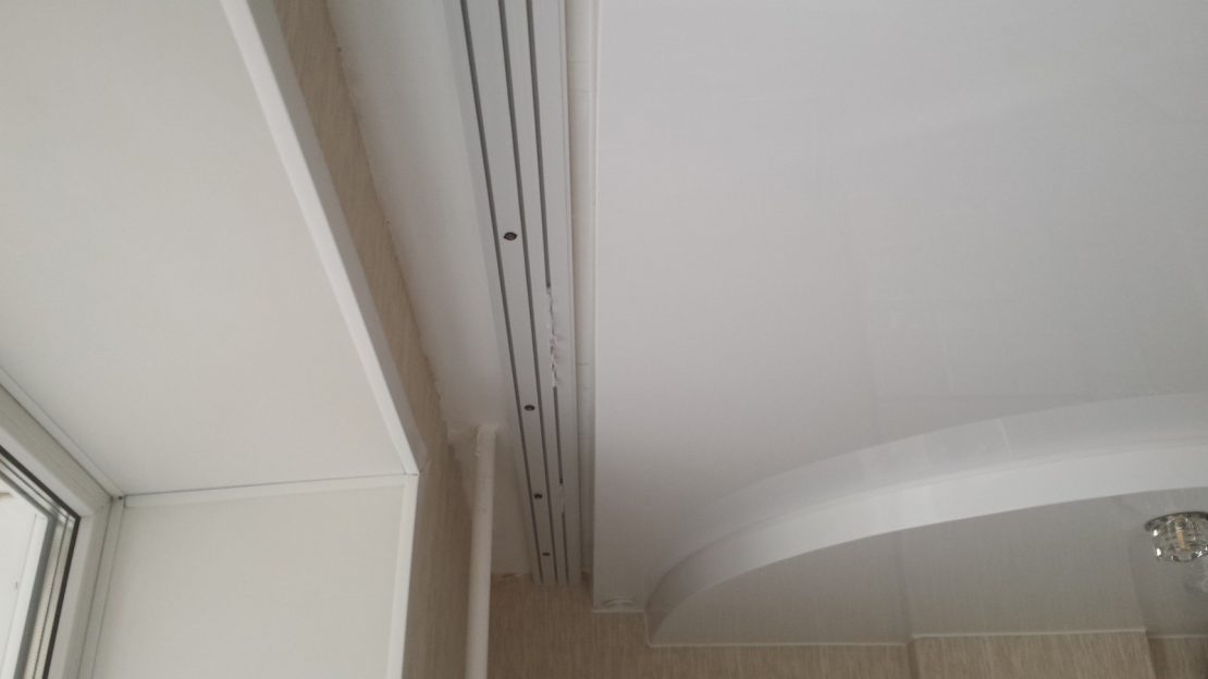 ниша для штор в натяжном потолке