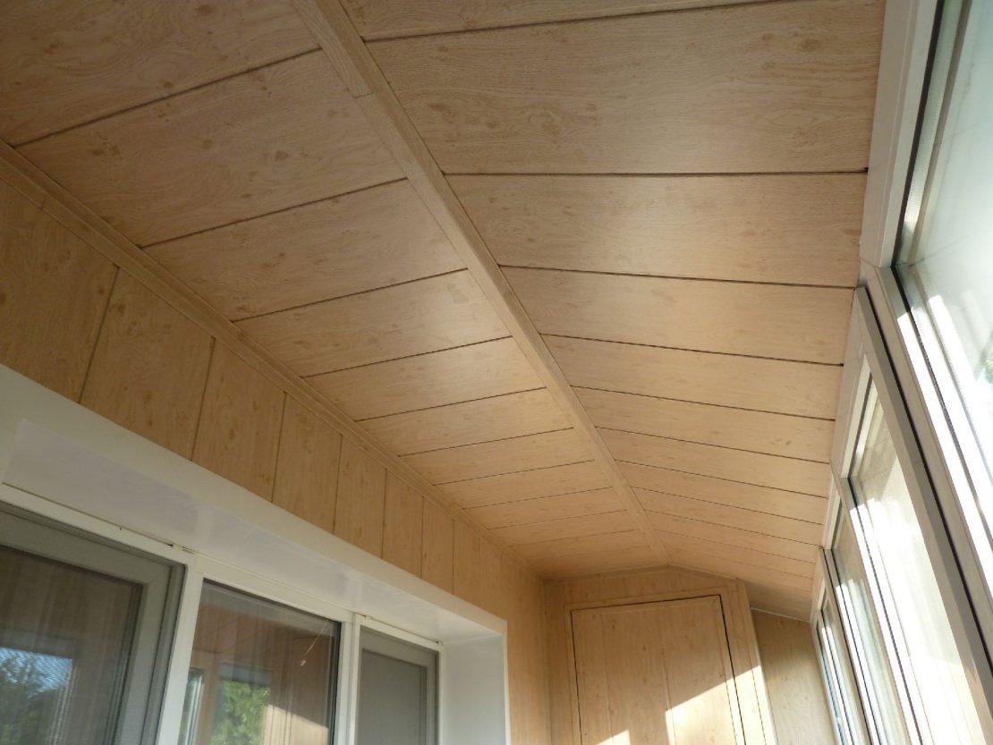 выкладка потолочных панелей